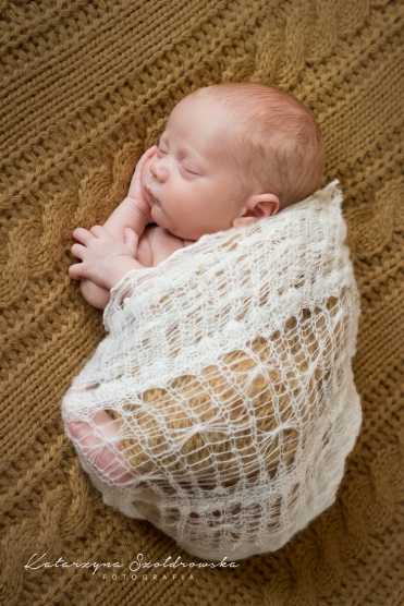 chlopiec fotografia noworodkowa krakow huta pradnik